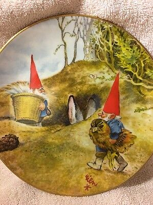 Adoreable 1983 Legends Of Gnomes Bunny Rabbit And Baby Chick Plate-Nest