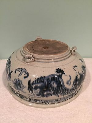 Antique Chinese Qing Blue White Porcelain Footed Bowl w. Dragons c. 18th/19th c.