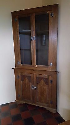 Oak corner cabinet, glazed, Antique style