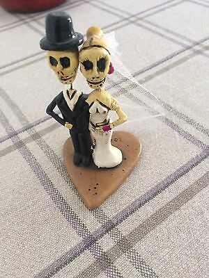 Newlyweds Skull Figurine From Mexico