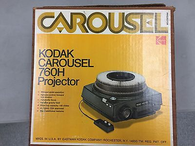 Kodak Carousel 760H Projector with remote