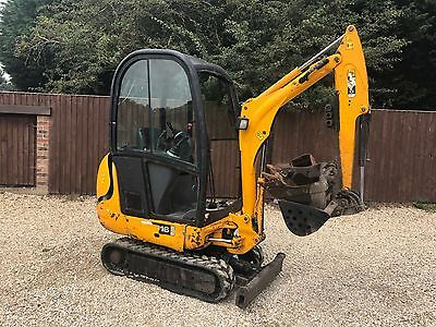 Jcb 8016 Mini Digger On Rubber Tracks With 3 Buckets (Year 2005 )