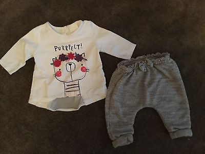 #92 2 piece outfit, Top & Joggers for baby girl 0-3 months