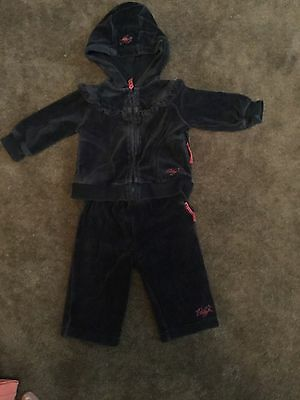 #77 Velour look tracksuit 3-6  months