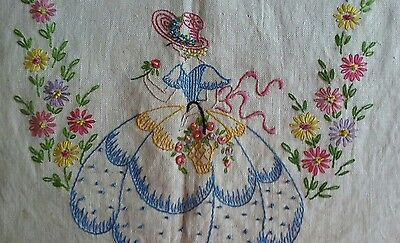 Beautiful Antique Embroidered Linen Runner ~Southern Belle ~Needs Finishing Ends