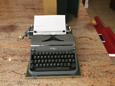 Vintage Hermes 2000 Typewriter With Case-  Working In Good Condition
