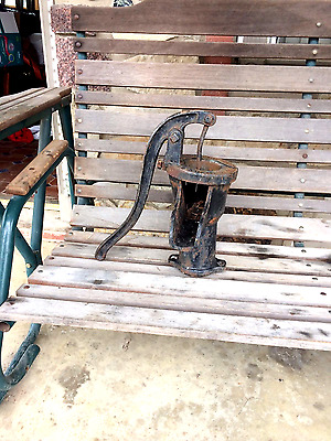 Vintage Cast Iron Hand Water Well pump The Deming Co. Salem Ohio  No. 2