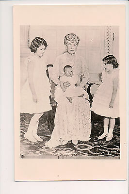 Vintage Postcard Princess Mary of Teck Queen of Great Britain & Family