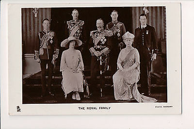 Vintage Postcard King George V & Queen Mary of United Kingdom & Family