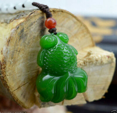 Fashion Chinese Fine carved natural jade pendant Green goldfish