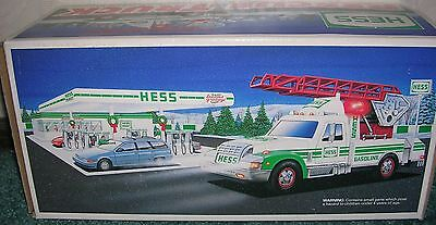 1994 Hess Toy Rescue Truck  Nib A Hess Holiday Tradition