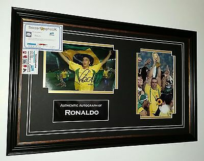 ** NEW  Ronaldo of Brazil Signed Photo Picture Autograph Display *