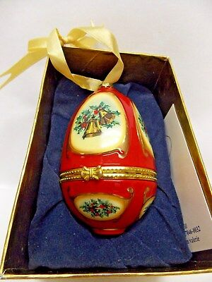 """Christmas Musical """"Joy to World"""" Egg Ornament Porcelain Red,Gold Holiday Decal"""