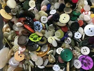⭐Lot Of 100-600 Buttons Vintage New Wood Resin Craft Sew Scrapbook Cards ⭐
