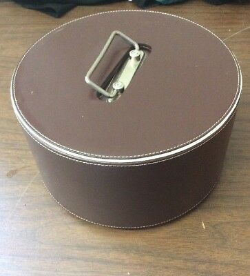 Things Remembered Leather Poker Gambling Set Cards & Chips Wood Caddy Carousel