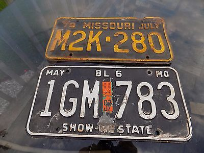 2 MISSOURI LICENSE PLATES 1978 & ? Lot of Two USED & WORN VINTAGE SHOW ME STATE