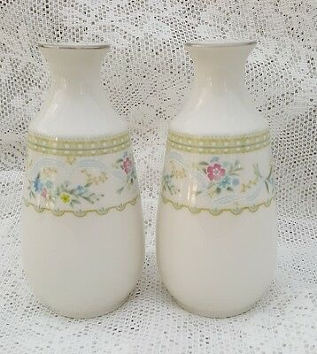 Noritake China DELIGHT Salt Pepper Shakers Floral Ribbons Platinum Trim 7229 NEW