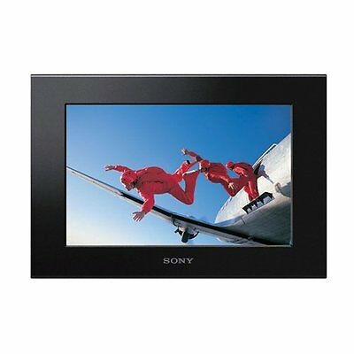 Sony DPF-X1000 10.2-Inch Digital Photo Frame Includes AC adaptor and remote