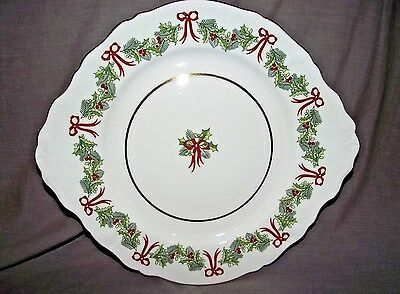 Hammersley Holly by Hammersley Handled Cake Plate