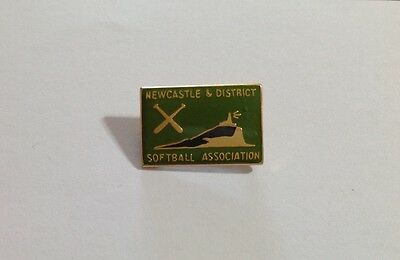Collectable Metal Badge - Newcastle & District Softball Association