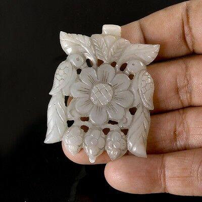 100% Natural Nephrite Jade Mughal Carving Pendant Antique