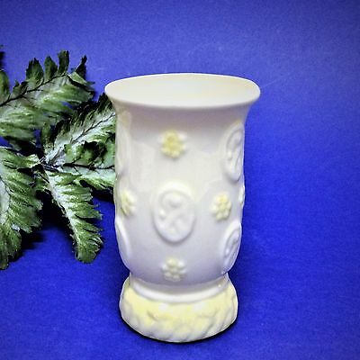 1980's Belleek, Ireland - 9cm Bone China Posy Bud Vase - 7th Mark, Perfect