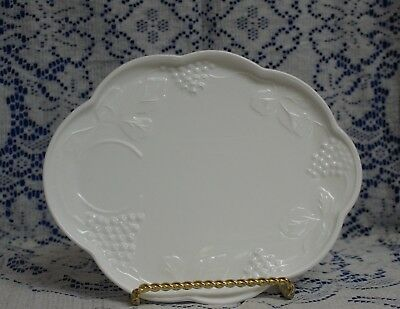 Colony Harvest 16 pc White Milk Glass Snack Sets 8 plates & 8 cups