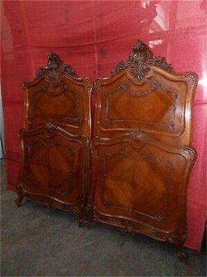 Great Carved Victorian Antique Italian Louis Xvi Bedroom Set Beds 12It044D