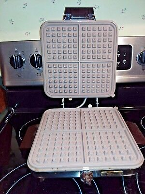 Automatic Electric Grill & Waffler- Parts/repair-Teflon Interior/ May Be Arco