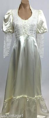 VINTAGE 70s IVORY white LACE GUNNE SAX train satin boho bridal WEDDING DRESS 6 8