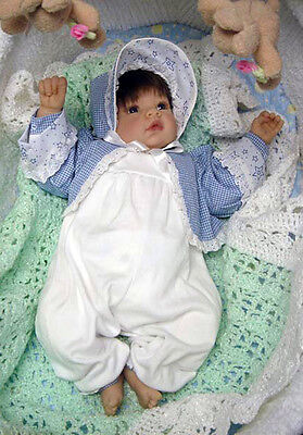 Lee Middleton 3 piece newborn reborn baby doll outfit bonnet romper&  jacket NEW