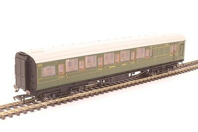 Hornby R4768 Maunsell Corridor Brake Third 3778 in SR Olive Green- Aust Warranty