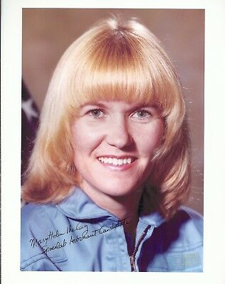 AUTOGRAPH, HAND SIGNED,Astronaut  MARY HELEN  MCCAY,Challenger STS-51B, SPACELAB