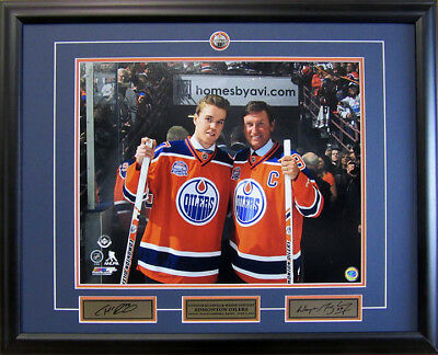 Wayne Gretzky and Connor McDavid Framed Collector Photo - 16x20