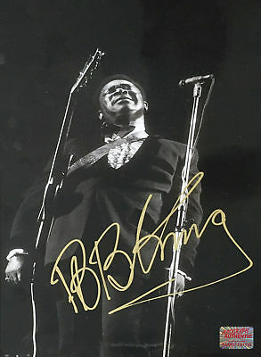 Autographed BB King 8x10 Photo - Entertainment