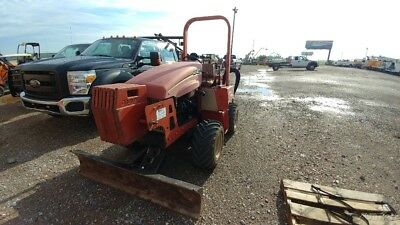 2008 Ditch Witch RT40 Riding Trencher RT-40 Riding trencher with blade