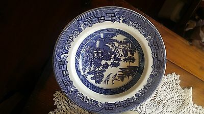 Classic Johnson Brothers Blue Willow soup bowls x 4 from England