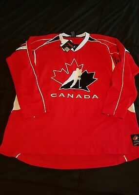 Team Canada Jersey mens XL new with tags