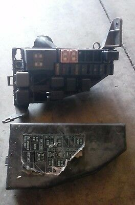 1991 1992 1993 91 92 93 Geo Storm Under Hood Fuse Box Relay Panel With Lid