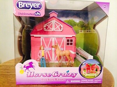 BREYER Stablemates Horse Crazy Pink Pocket Barn NIB 1:32 Scale