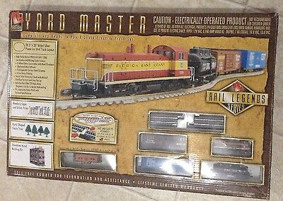 Yard Master Complete & Ready to Run N Scale Electric Train - The Great Northern.