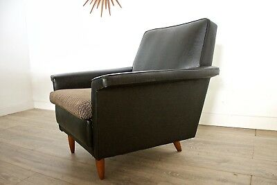 DELIVERY£50 Mid Century Retro Black Leather Effect Vinyl Arm Chair Dogstooth