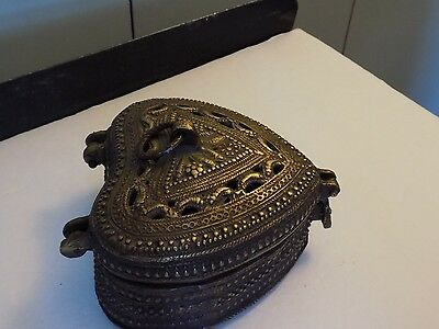 Vintage heavy metal heart shaped trinket box or ?