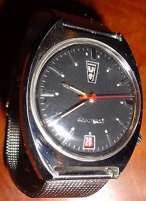 1969 Bulova 218 Accutron Cushion Case Up Day/Down Red Date & Sec Hand Suede Dial