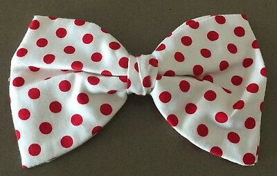 VINTAGE Mens Bowtie White & Red Polka Dot Pre-tied Clip On Bow Tie