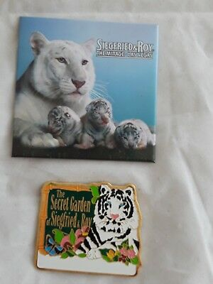 Set of 2 Siegfried And Roy At the Mirage Las Vegas Magnet White Tiger