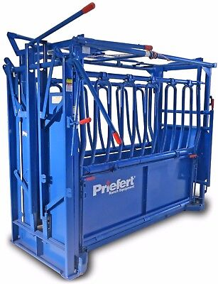 Priefert S01  Squeeze Chute with Manual Headgate