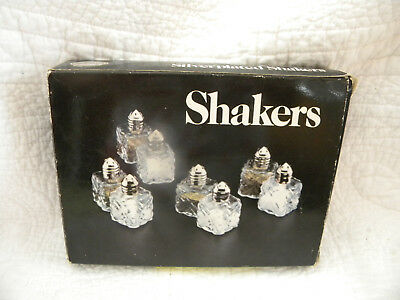 Leonard Silver MFG Silverplated Mini Salt and Peppers Shakers - Set of 8