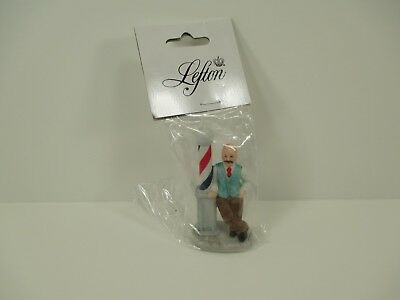 Lefton Colonial Village Figure New Old Stock 1993 00969 Barber and Pole B26