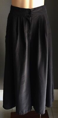Vintage 1990's Black 3/4 Length Wide Leg Culotte's - Look like a Skirt Size 10